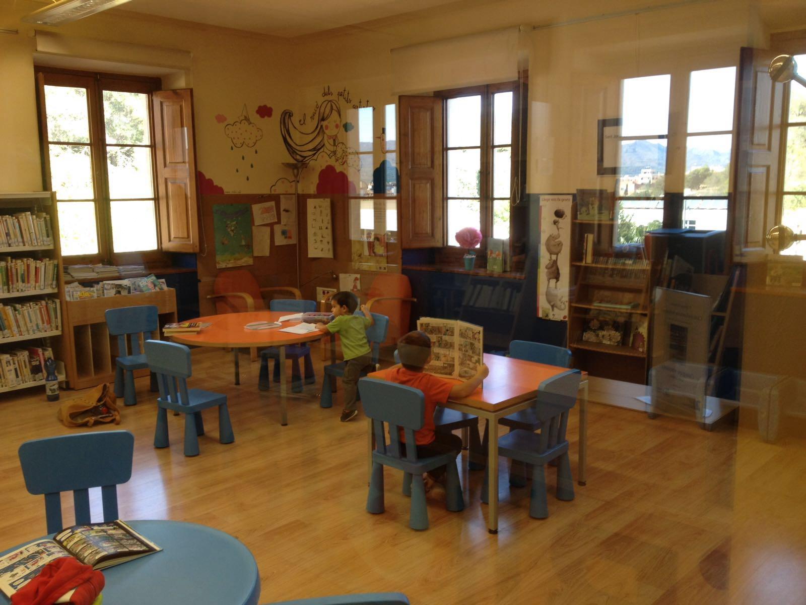 Las bibliotecas, ¡qué gran sitio para mis niños!
